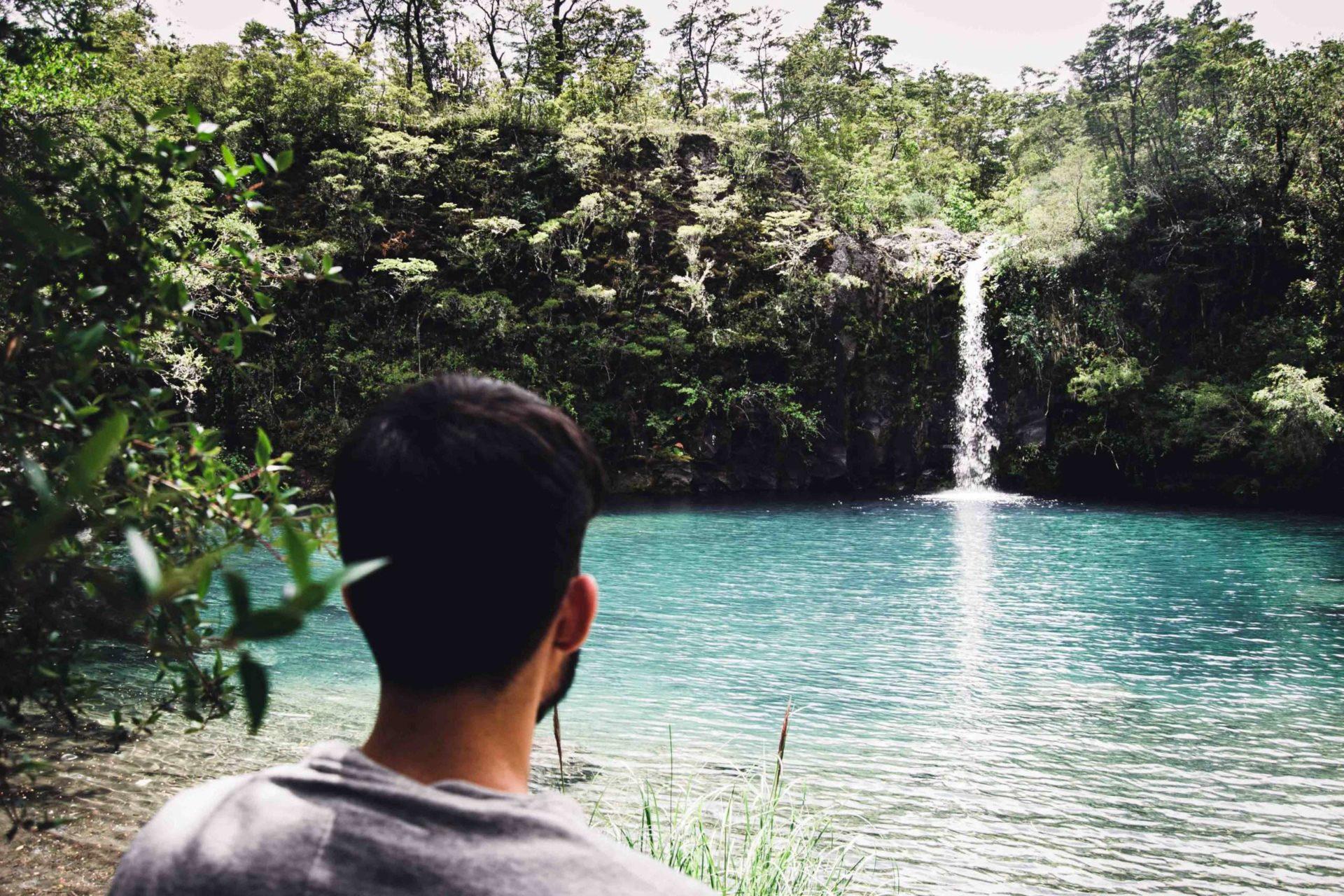 Moi face aux cascades de Pétrohué